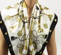 Hermès Seidenschal 'Les Cles'