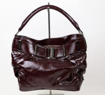 Burberry Handtasche Lackleder bordeaux