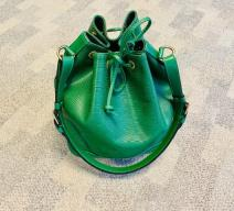 LOUIS VUITTON GRAND SAC NOÉ EPI LEDER GRÜN