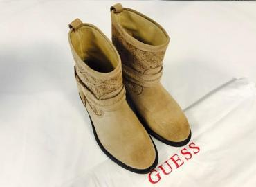 GUESS BOOTIES WILDLEDER BEIGE