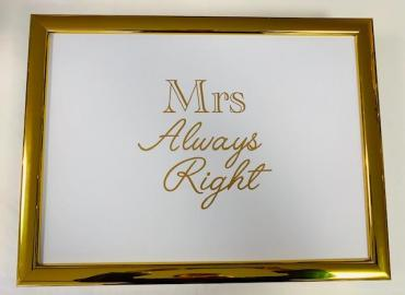 LAPTRAY KNIETABLETT 'MRS ALWAYS RIGHT' STOFF WEISS GOLD