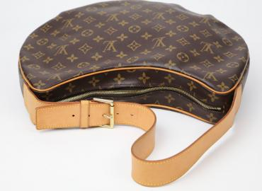 LOUIS VUITTON CROISSANT MONOGRAM GM